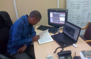 South Africa's Youngest Forex Trader – Office Set-up (Moving up)